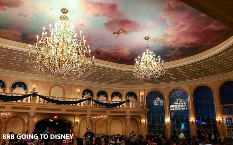 Planning a Disney Vacation and curios about Disney World restaurants? Check out the best quick service restaurants at Disney World.